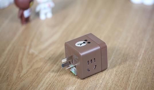 公牛Line Friends小魔方USB插座无线版图赏:萌化了