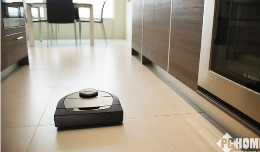 Neato发布新款扫地机器人 支持智能语音